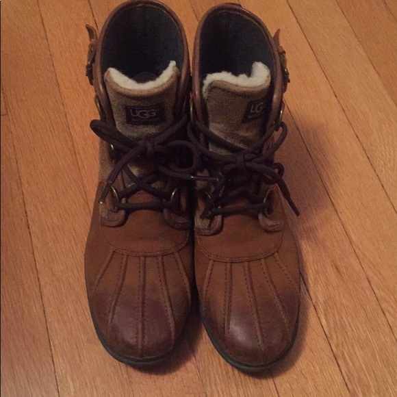 e4466dcb995 UGG Cecile winter boot size 8